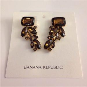 Banana Republic Gold Teardrop Earrings